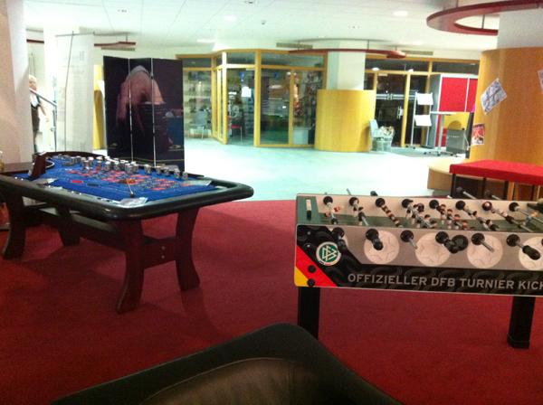 Tischkicker und Roulette von Casino4Home auf einer Firmenveranstaltung